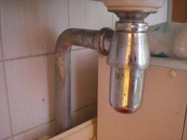 Sifon Badkamer Losmaken : Metalen sifon losmaken u huis schoonmaken