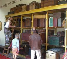 Pak je koffers om op reis te gaan!