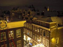 Uitzicht op de Amsterdam bij nacht